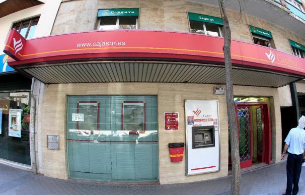 El BBVA, el Sabadell, Caja Madrid, BBK, Unicaja y Cajasol pujarán por Cajasur