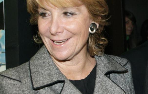 """Esperanza Aguirre dice que la actitud de los socialistas en Andalucía es """"una vergüenza"""""""