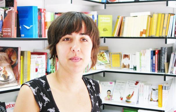 Aída debuta como librera en la Feria del Libro de Madrid