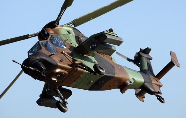 Gran Bretaña enviará cuatro helicópteros de ataque a Libia
