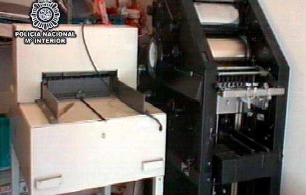 Desmantelan en Ávila una imprenta clandestina con 1,3 millones de dólares falsos