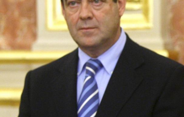 José Bono llega a Tiflis en una visita no oficial de dos días