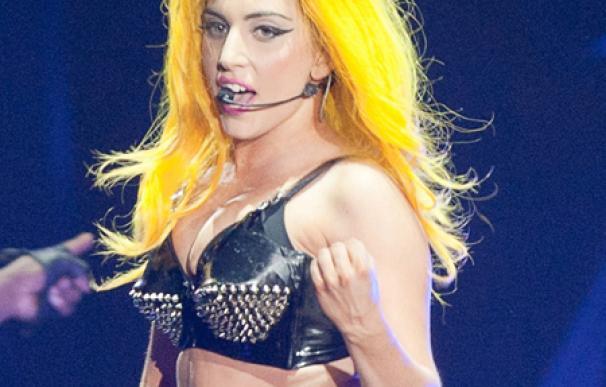 Lady Gaga no descarta someterse a cirugía estética
