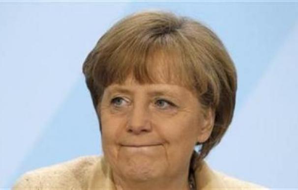 Merkel, cauta ante el nuevo plan de ayuda para Grecia