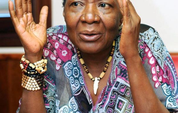 La escritora María Nsue reivindica la musicalidad de la literatura africana