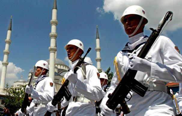 Tres soldados turcos muertos por una explosión atribuida a rebeldes kurdos