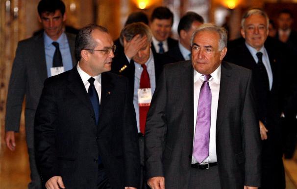 Strauss-Kahn alerta sobre la lenta recuperación europea y su poca competitividad