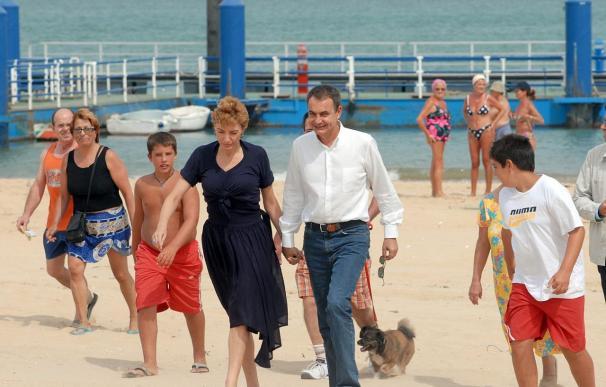 Zapatero pasará la Semana Santa en Doñana y Rajoy en Canarias