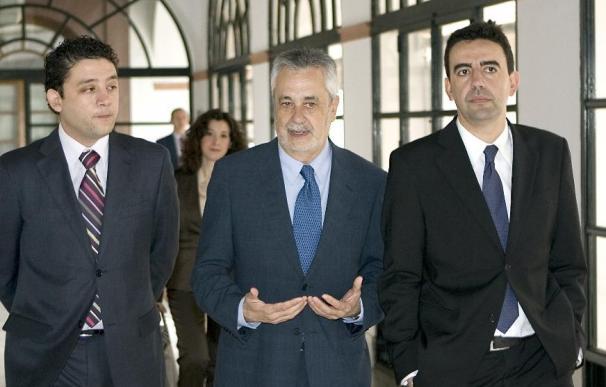 Jiménez ofrece diálogo a los grupos y pide al PP que no pervierta la Cámara
