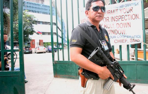 Órdenes de arresto contra 189 sospechosos por la matanza de 57 filipinos