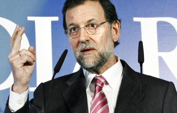 Rajoy reacio a que España aporte 2.000 millones y pide verlo en el Parlamento
