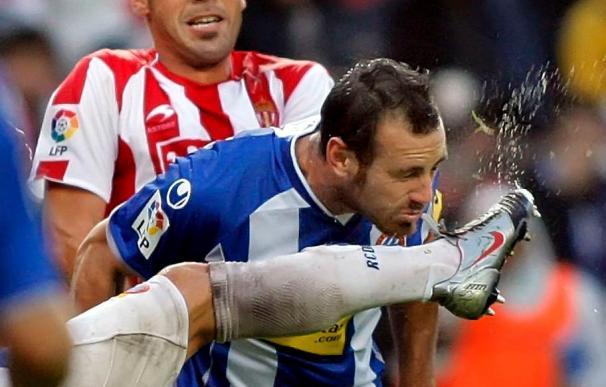El Sporting aspira a debutar con victoria en el estadio de Cornellá