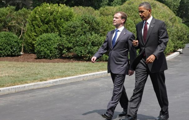 EE.UU. desarticuló una red de espías el domingo para evitar que dejaran el país