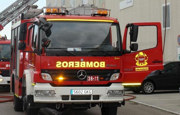13 heridos leves por inhalación de humo en una vivienda que ardió en Getafe (Madrid)