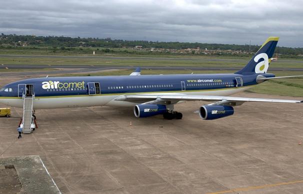 Batallajuanola presenta su oferta por Air Comet con garantía de 800 millones