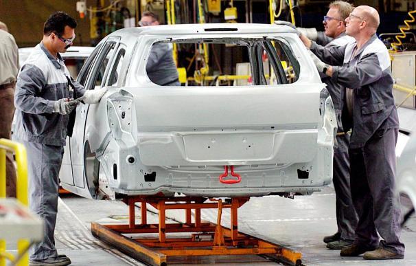 La facturación de la industria subió el 0,9% en 2008 y el empleo bajó el 2,7%