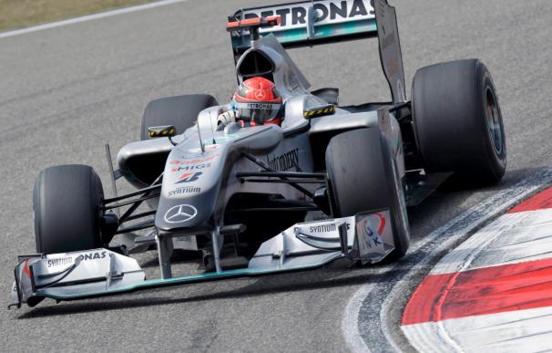 La FIA introducirá un alerón trasero ajustable y prohibirá el 'conducto F'