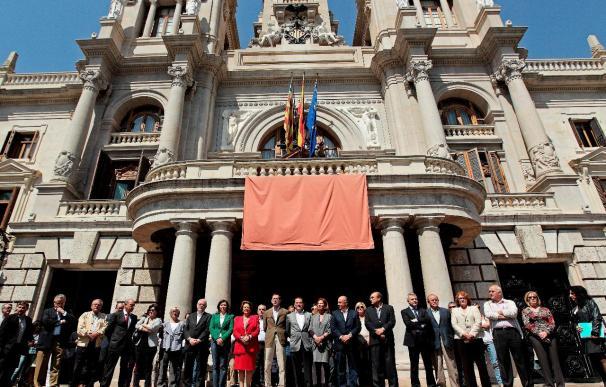Municipios de toda España se solidarizan con Lorca con un minuto de silencio