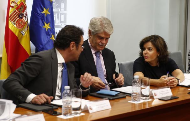 El Gobierno analiza las preocupaciones de los españoles en Reino Unido que temen perder sus derechos tras el Brexit