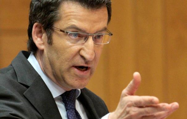 Feijóo anuncia la disposición de Caixa Galicia y Caixanova a abordar su fusión