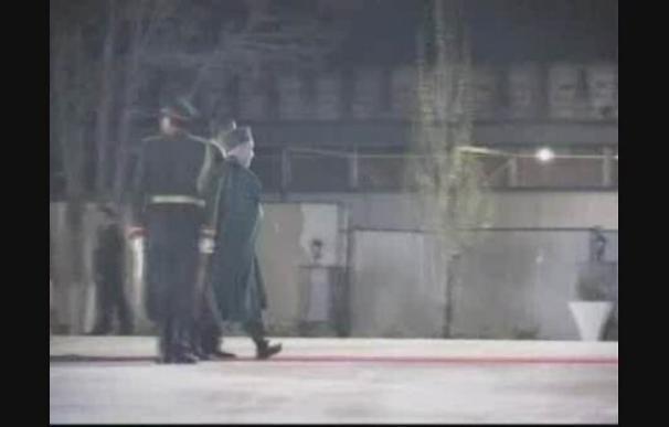 Obama se reúne con Karzai durante su primera visita sorpresa a Afganistán