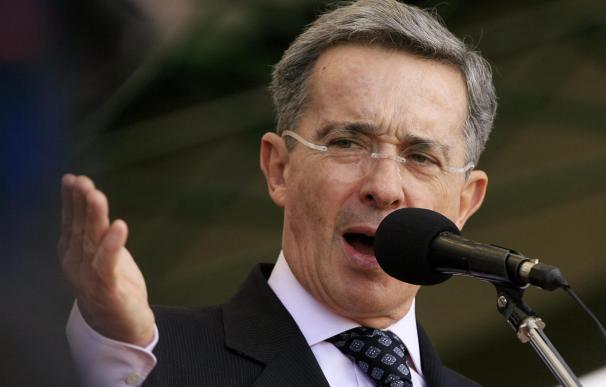 El presidente de Colombia dice estar dispuesto a aceptar un acuerdo humanitario con las FARC