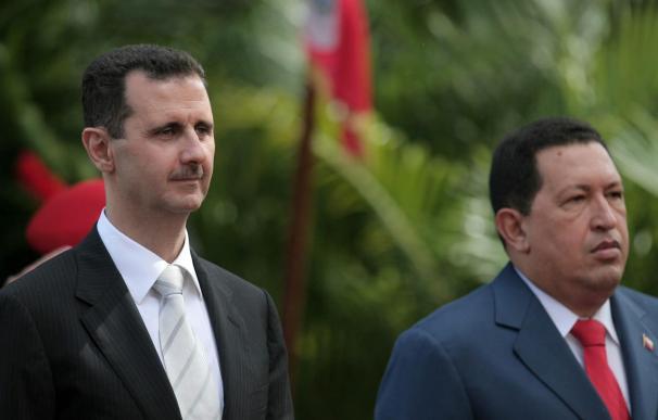 """Chávez y Al Asad crean el """"eje de los valientes"""" frente al imperialismo"""