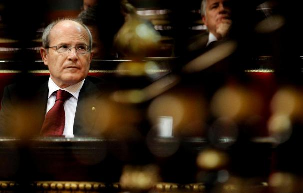 """El Parlament insta al Constitucional a declararse """"incompetente"""" y evitar su """"colapso"""""""