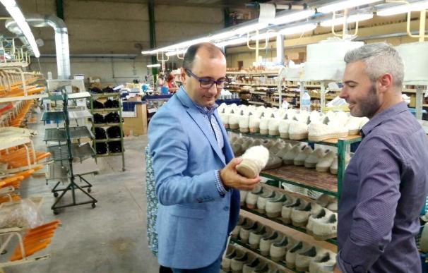 El número de empresas exportadoras del sector del calzado regional se incrementa un 34% en el último año