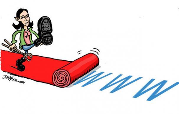 La aprobación de la Ley de Economía Sostenible, y la 'Ley Sinde', según el humorista gráfico JR Mora.