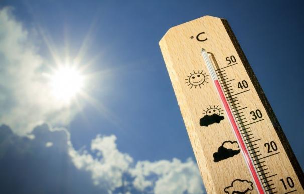 Canarias registra máximas de unos 37% por la ola de calor