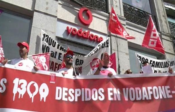 Los sindicatos convocan desde este lunes tres jornadas de huelga en Vodafone y Ono por el ERE
