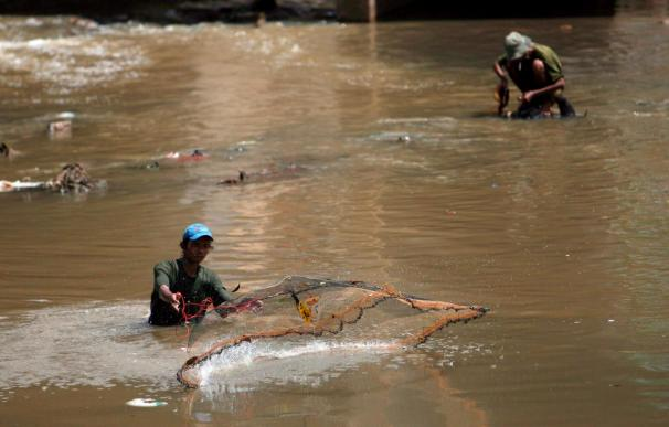 El agua contaminada causa miles de muertos al año, según los expertos reunidos en Nairobi
