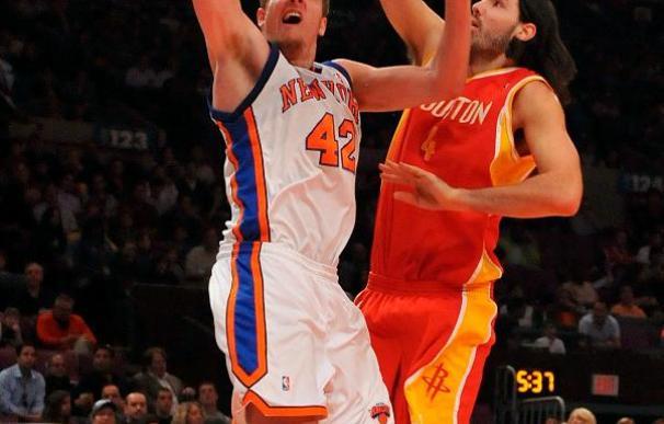 Cavaliers y Lakers cumplen; Hawks se clasifican y Suns suben al quinto puesto