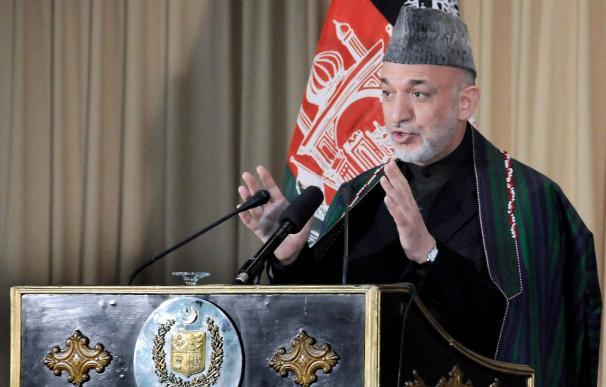 Karzai viaja a China en busca de financiación para la reconstrucción económica de Afganistán