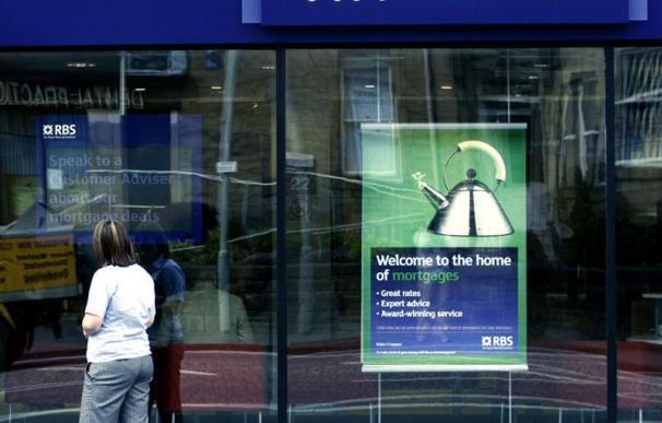 Virgin Money competirá con Santander y BBVA por las oficinas de RBS