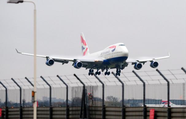 El sindicato de los tripulantes de cabina de British Airways amenaza con más huelgas