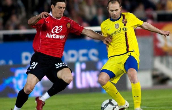 Iniesta se perderá la eliminatoria ante el Arsenal por una lesión muscular