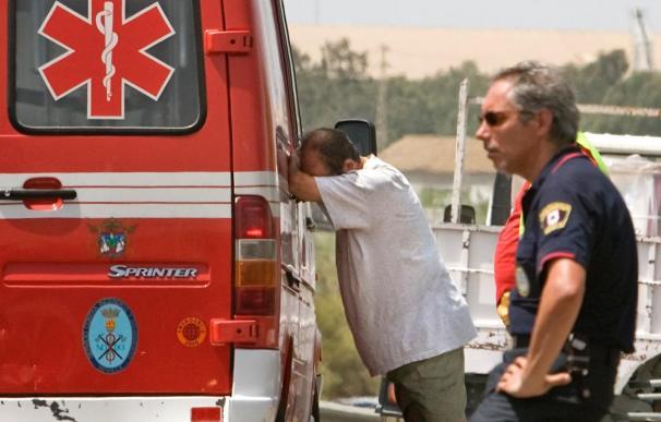 Fallecen una mujer y su bebé de 7 días al caer desde una azotea en Sevilla