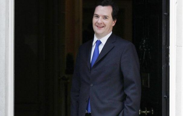 El nuevo Gobierno británico planea recortar 300.000 empleos públicos