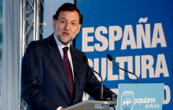 Rajoy propone reducir los gastos electorales y asegura no se congelarán las pensiones