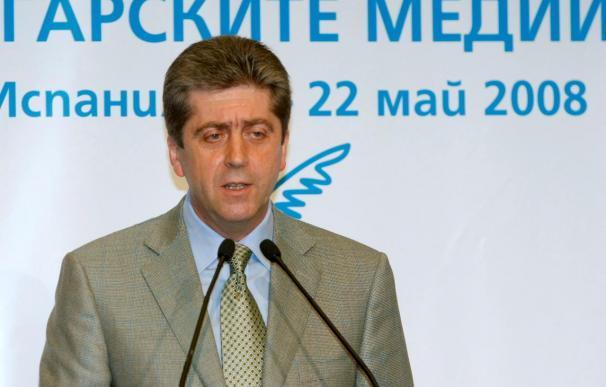 El Parlamento búlgaro debate una moción para destituir al presidente del país