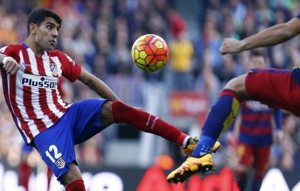 Simeone recupera a Augusto para el partido ante el Deportivo y pierde a Torres