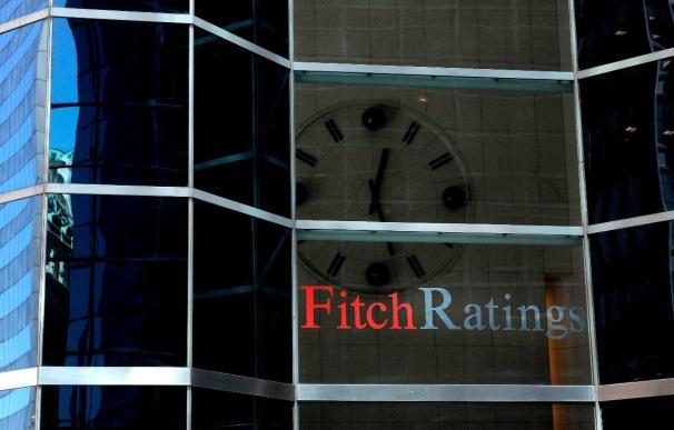 Fitch dice que España no necesita entrar en deflación para recuperar la competitividad