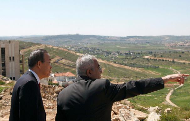 Ban Ki-moon visita en Gaza viviendas destruidas en la última ofensiva israelí