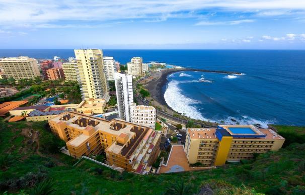 El Cabildo de Tenerife da un impulso al parque marítimo del muelle deportivo de Puerto de la Cruz
