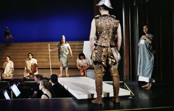 """La ópera """"Montezuma"""" llega a Edimburgo de la mano del mexicano Valdés Kuri"""