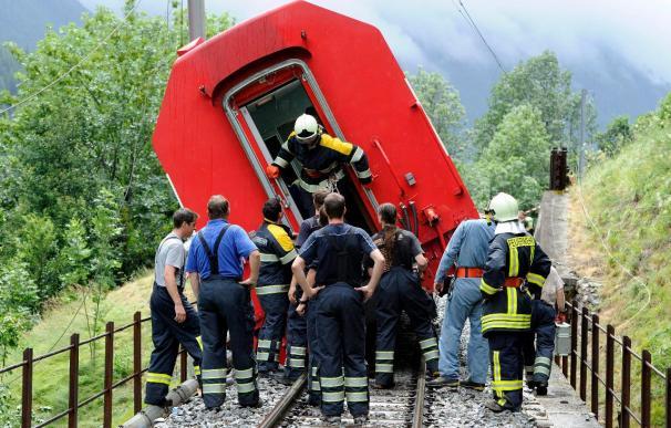 Cuatro de los 42 heridos en un accidente de tren en Suiza son españoles