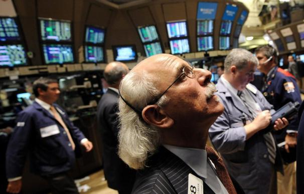 Wall Street se relaja tras la prueba de estrés a bancos europeos