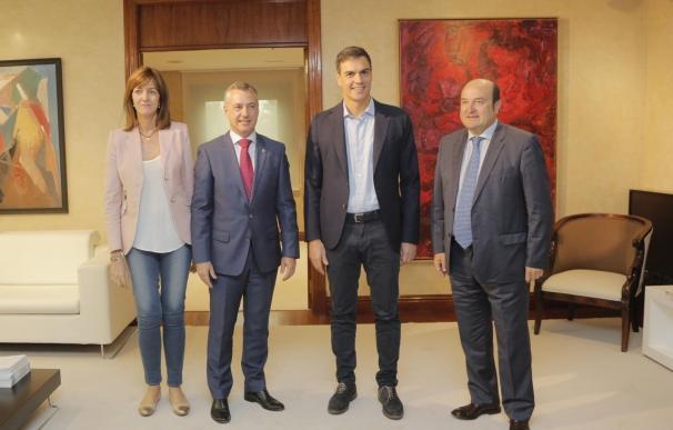 """Urkullu y Sánchez quieren abordar una reflexión del modelo de Estado """"que ahonde en la plurinacionalidad"""""""